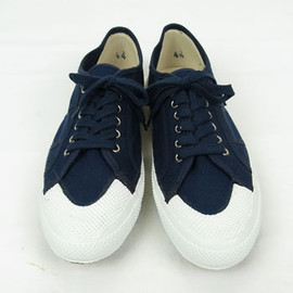 ~2000s ITALIAN NAVY DECK SHOES