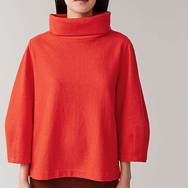 COS - polo-neck rounded top in orange