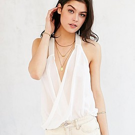 urban outfitters - urban outfitters ツイスト タンクトップ size:M