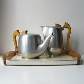 Picquot Ware - teapot & hot water/coffee jug