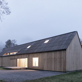 Bernardo Bader Architects - Haus am Moor, Austria