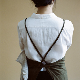 ouur by KINFOLK - Crossed Linen Mixing Apron