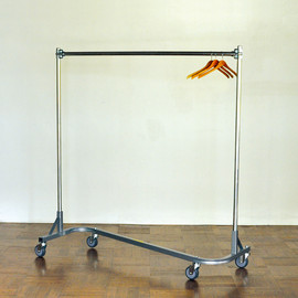 "60"" GARMENT RACK Z STACK"