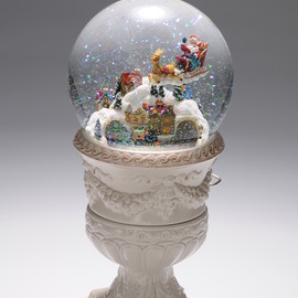 San Francisco Music Box - Snow Globe