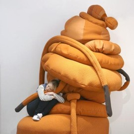 Pieke Bergmans - Monsters sofa