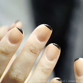 COMMON - [黒]straight french nail