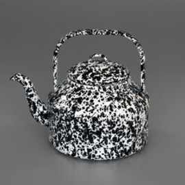 LABOUR AND WAIT - Marbled Enamel Kettle