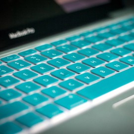 Kuzy - TURQUOISE Keyboard Silicone Cover Skin for Macbook