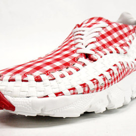 NIKE - FOOTSCAPE WOVEN FREEMOTION
