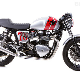 British Customs - Triumph Thruxton