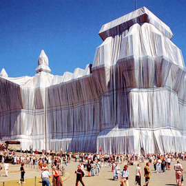 Christo,Jeanne-Claude - Wrapped Reichstag