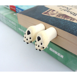 Polar Bear Feet Bookmark - Humorous bookmarks -Animal in the book
