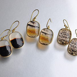Tej Kothari - Square Montana Agate Earrings