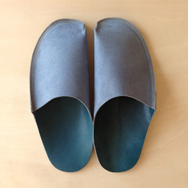 toe to knee - toe to knee one-piece slippers