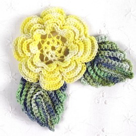 Luulla - Lovely Crocheted Yellow Irish Rose w/ Leaves Applique