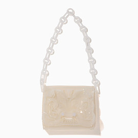 mame - Vinyl Chloride Long Chain Bag - white