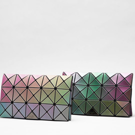 ISSEY MIYAKE - PRISM RAINBOW collection for BAO BAO