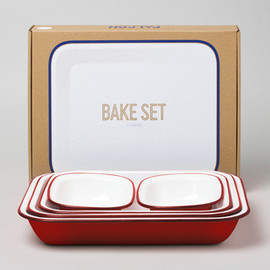 Falcon Enamelware - Bake Set