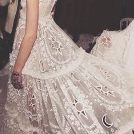 Alexander McQueen bride - dress