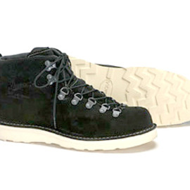 Danner - MOUNTAIN LIGHT BLACK SUEDE
