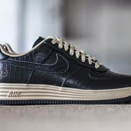 Nike - FRAGMENT DESIGN × NIKE LUNAR FORCE 1 CROCODILE