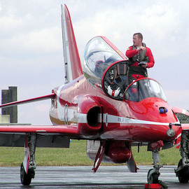 Career Opportunities - Red Arrows Pilot RAF