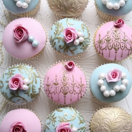 Cupcakes by Cotton & Crumbs