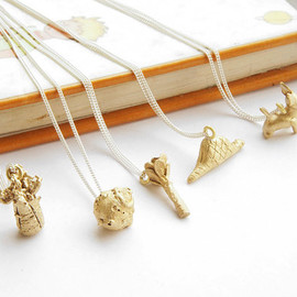 "gemagenta - 星の王子様 INFANCIA Pendants in BRASS - Le Petit Prince inspired, fox, baobab, boa, rose, asteroid, 18"" curb chain, delicate necklace, little prince"