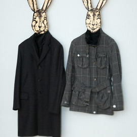 DesignAtelierArticle - Unique hanger - hook - mask - rabbit