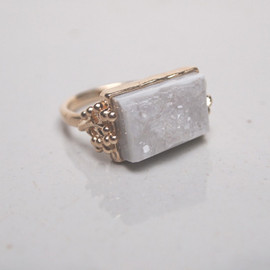 PLANT / PLANT - White Agate Gold Ring