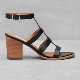 &other stories - T-strup sandalette