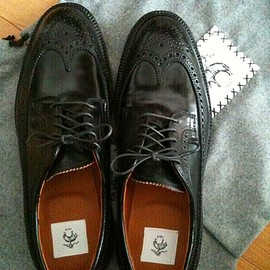 BLACK FLEECE BY Brooks Brothers - Wing Tip Shoes
