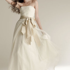 VERA WANG - wedding dress 97-8024
