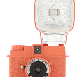 Lomography - Special Edition Diana Mini Camera in Coral Fusion