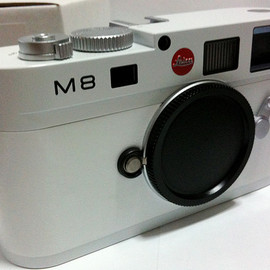Leica - white leica m8.s 2 Another white Leica...