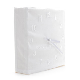Martin Margiela - martin-margiela-embroidered-clock-4