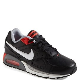 Nike - Nike 'Air Max IVO' Sneaker (Men)