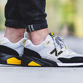 New Balance - MRT580 LS - Grey/Black