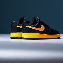 NIKE - Air Force 1 '07 LV8 - Black/Orange Peel/Opti Yellow