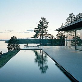 My Villa on the Lake, Sweden