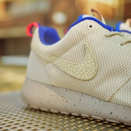 Nike, Size? - Roshe Run (Urban Safari Pack) - Sand