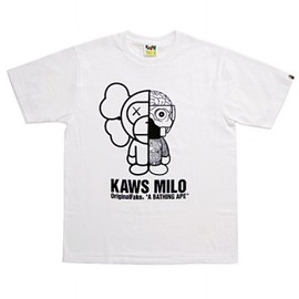 A BATHING APE - BAPE ×Original Fake KAWSMILO TEE