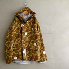 playdesign spring mountain parka, custom dot painted - by chickennot