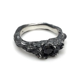 Tobias Wistisen - Black Heart Ring