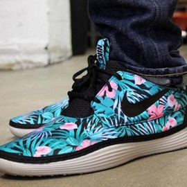 Nike - NIKE SOLARSOFT MOCCASIN FLORAL