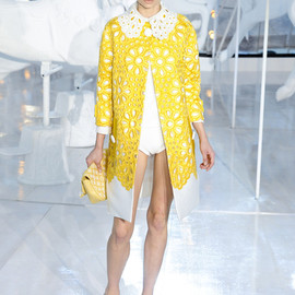 LOUIS VUITTON - Louis Vuitton Spring 2012 Yellow Floral Broaderie Anglaise Coat   in Yellow - Lyst