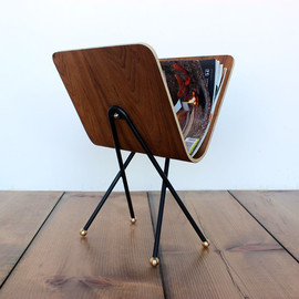 onefortythree - Bent plywood floor magazine rack