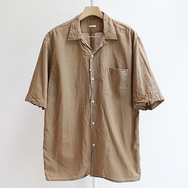 "COMOLI - ""BETA CHAM"" S/S OPEN COLLAR SHIRT - KHAKI"