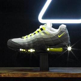 NIKE - NIKE AIR MAX 95 OG BLACK/VOLT-MEDIUM ASH-DARK PEWTER