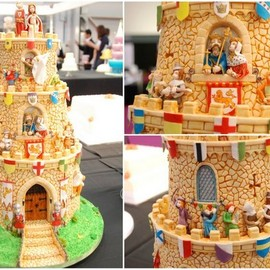Castle cake with incredible details, for a wedding or special party or benefit